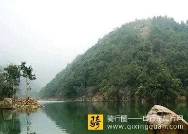 九鲤湖水利风景区由九鲤湖