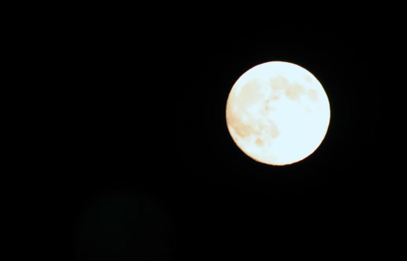 2010年八月十五的月亮